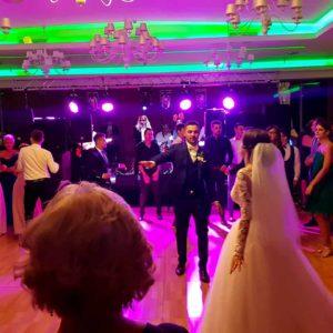 MIHAI-BAJINARU-SOLIST-VOCAL band nuntă formatie nunta cover band nunta